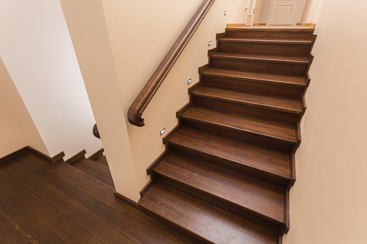Отделка бетонных лестниц в доме фото 81