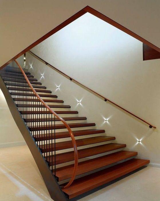 Комбинированная лестница на второй этаж своими руками