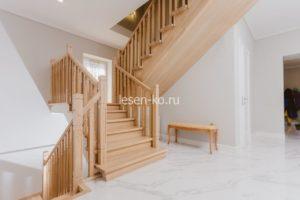 Лестница классика для дома