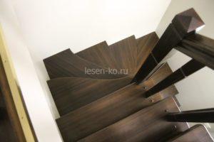 Забежная лестница на 180 с поворотными ступенями